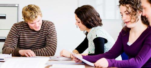 Técnicas de comunicación para educadores en ISEP